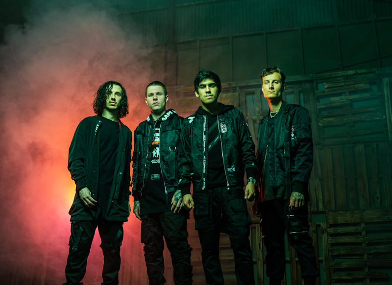 CROWN THE EMPIRE RELEASE VIDEO FOR NEW SONG '20/20′  BAND HEADLINE THE UK THIS SEPTEMBER