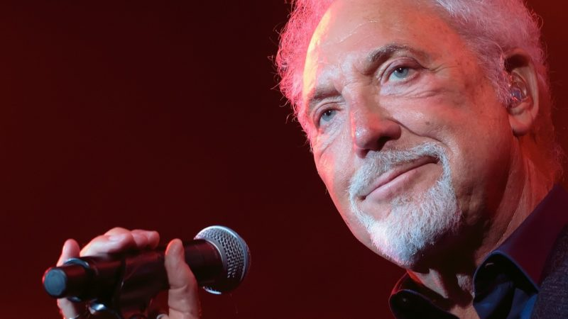 Throwback : Yes it really happened!!! Tom Jones played in Lichfield.